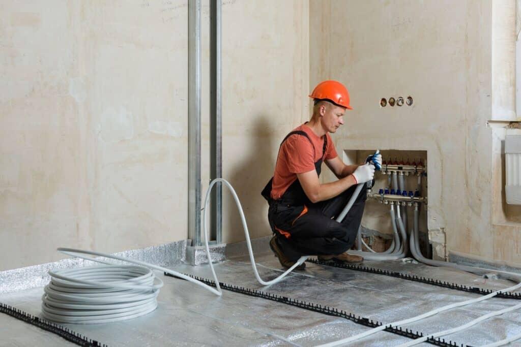 לא משנה באיזה מערכת חימום תת רצפתי תבחרו – חשמלי, מים או גז, מערכות כאלו פשוט לא מתאימות לאקלים ישראלי!